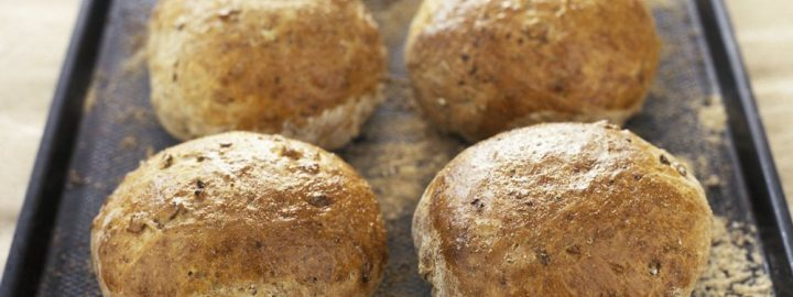 Wholemeal cajun spiced buns