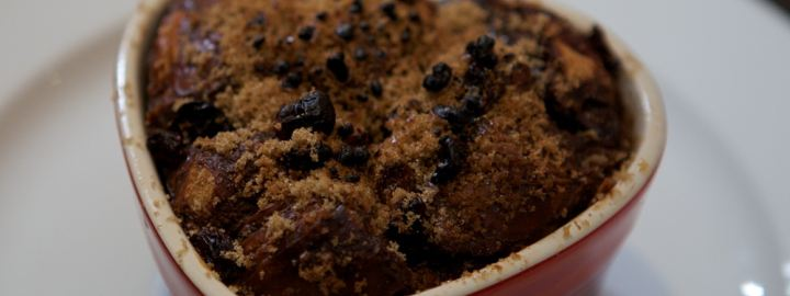 Chocolate bread and butter pudding