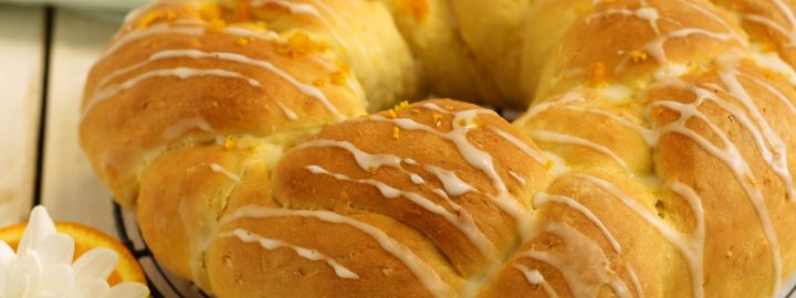 Coconut and orange plait