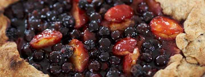 Bilberry and plum pie