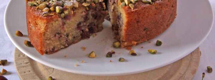 Cherry and pistachio cake