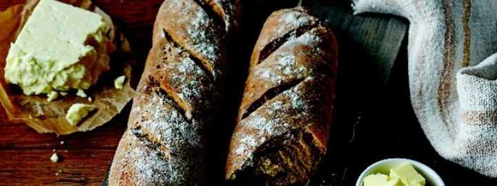 Yorkshire ale and walnut bread