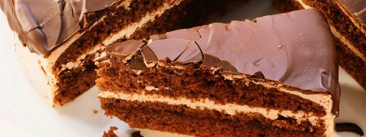 Chocolate cake with cream cheese filling