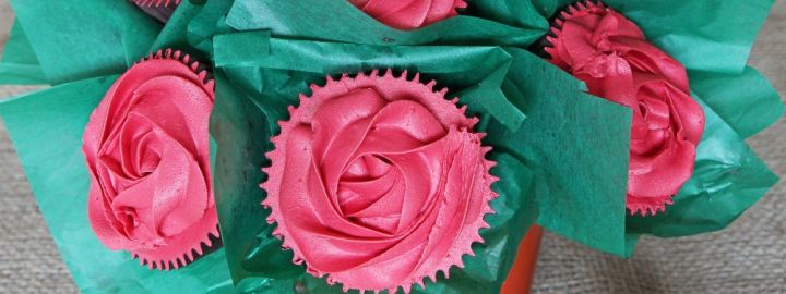 Red velvet cupcake bouquet